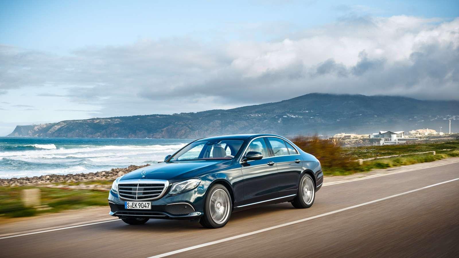 Новый  Mercedes-Benz E-класса: сравниваем версии— фото 570030