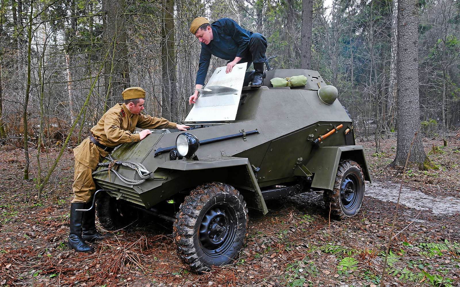Отмечаем День Победы сбронеавтомобилем-ветераном БА‑64Б— фото 745606
