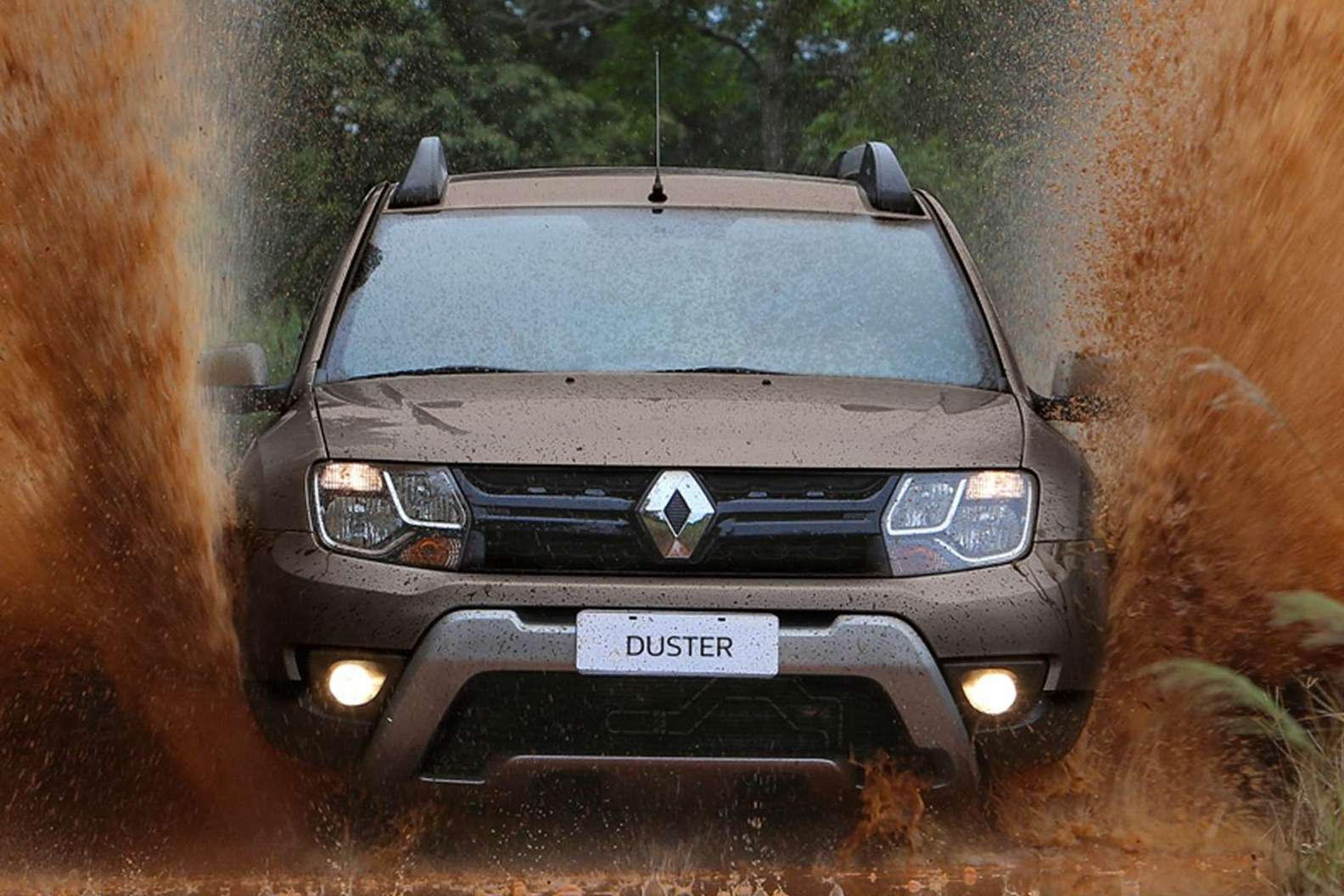 2016-renault-duster-launched-with-new-look-better-economy-in-brazil-photo-gallery_2