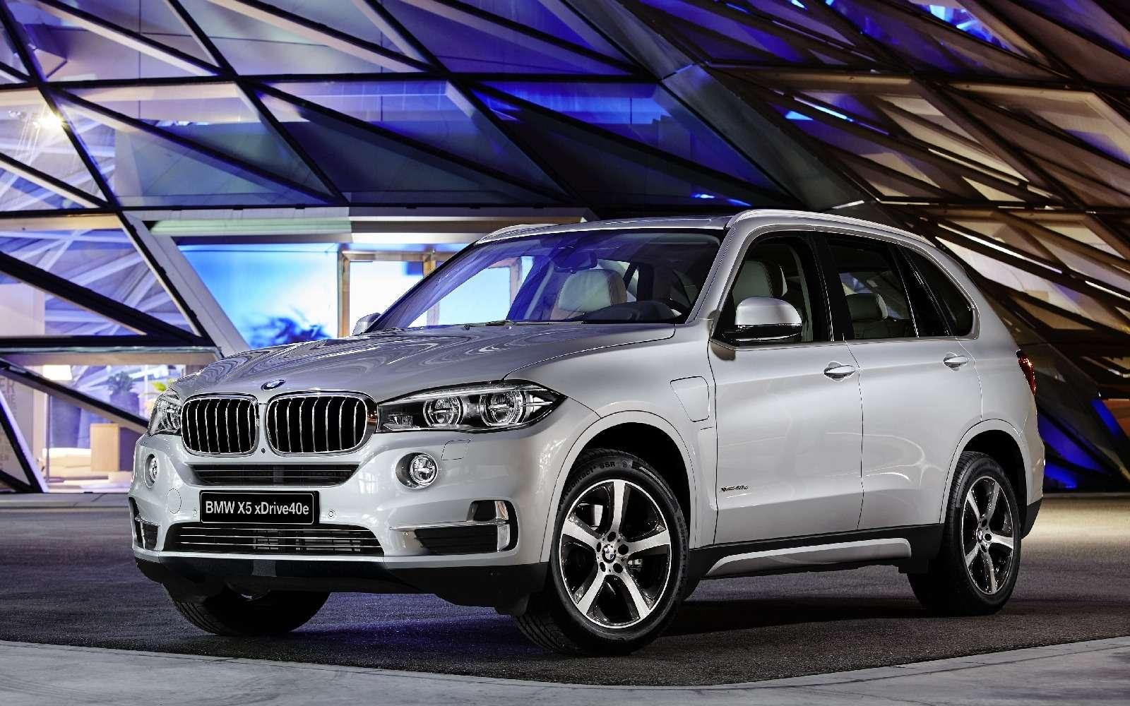 BMWобъявила остарте продаж вРоссии двух моделей линейки iPerformance— фото 596678