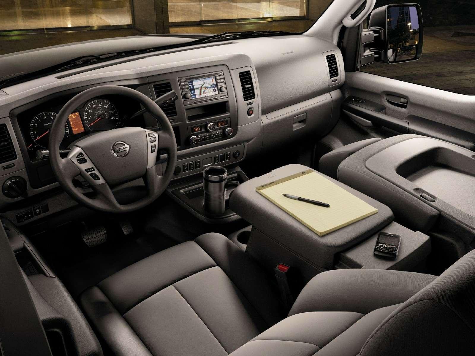 К черту даунсайзинг: исполина Nissan NVснабдят новым атмосферным V8— фото 674455
