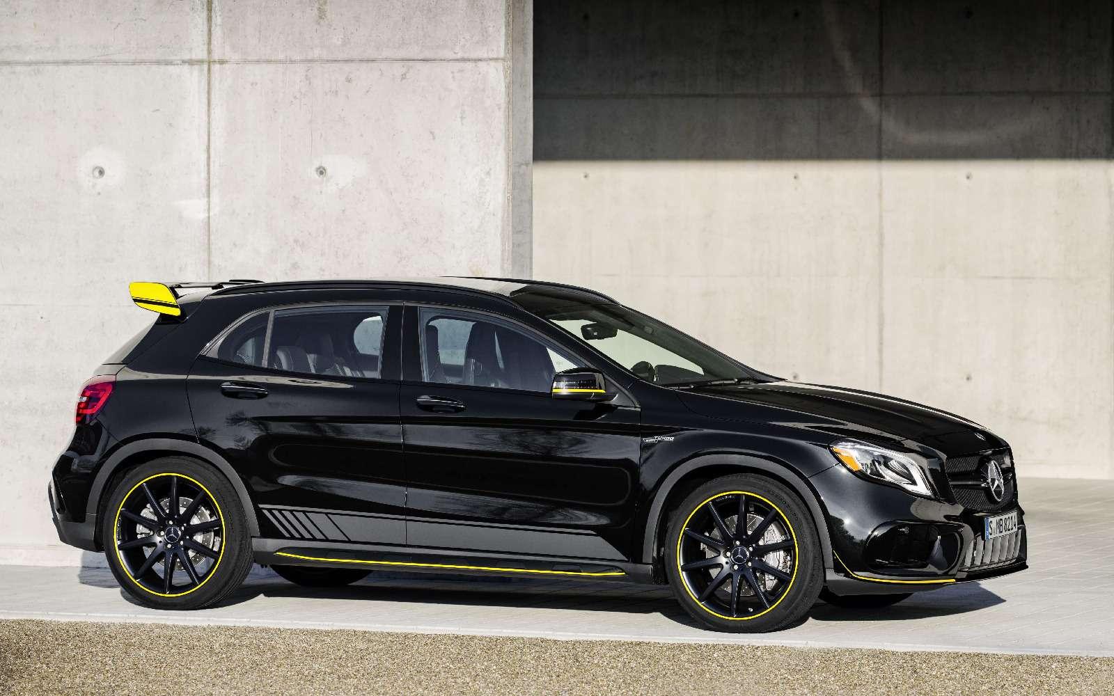Mercedes-Benz GLA стал краше, нонепросторнее— фото 690079
