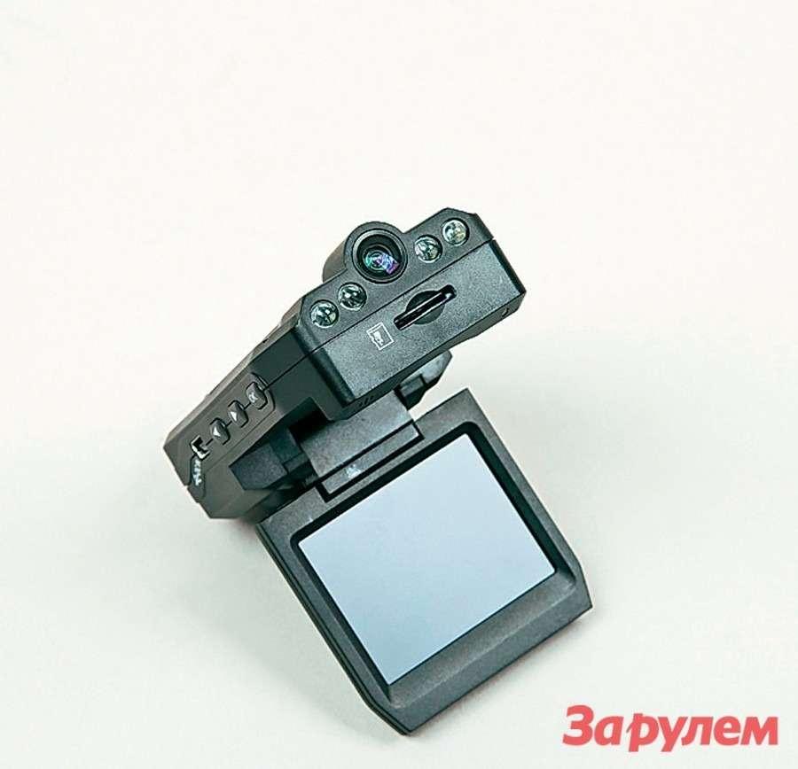 Топ-12 видеорегистраторов: проверка зрения— фото 260640