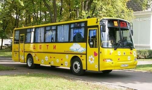 Школьным автобусам разрешат ездить по«выделенкам»
