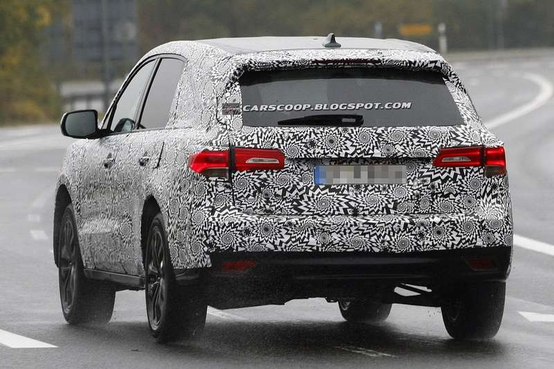 NewAcura MDX test prototype side-rear view 2_no_copyright