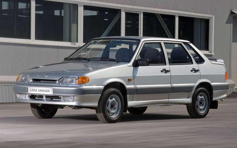 Какие автомобили выбирают россияне среднего возраста