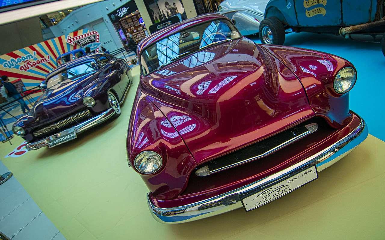 Бэтмобиль и другие прикольные машины (17 фото с выставки) - фото 1168677