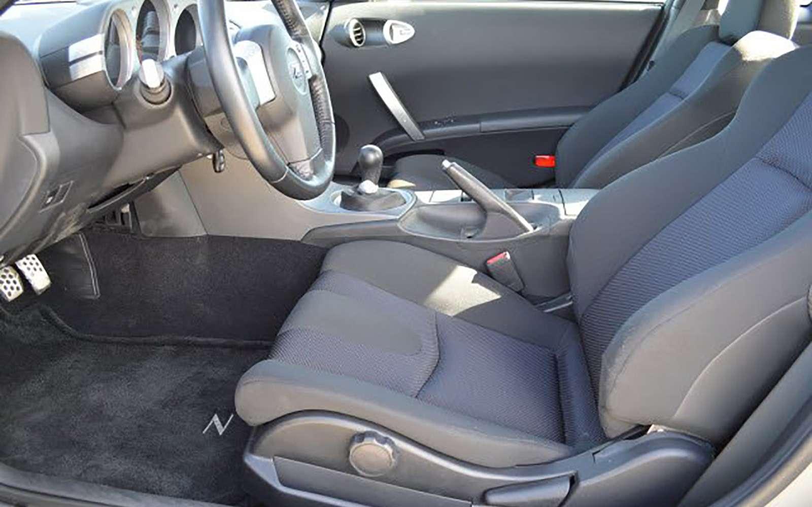 Напродажу выставлен первый экземпляр купе Nissan 350Z— фото 789581