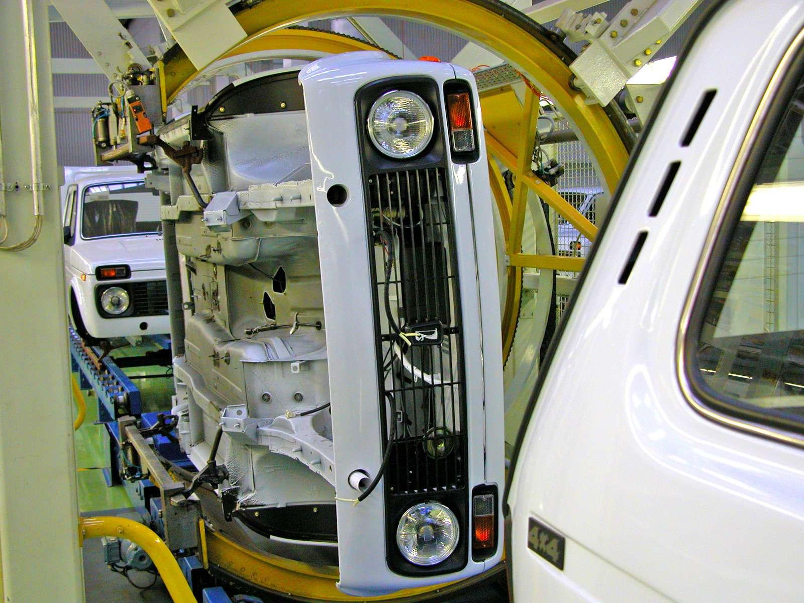 Lada встиле BMW: зачем наши машины выпускают заграницей— фото 684773