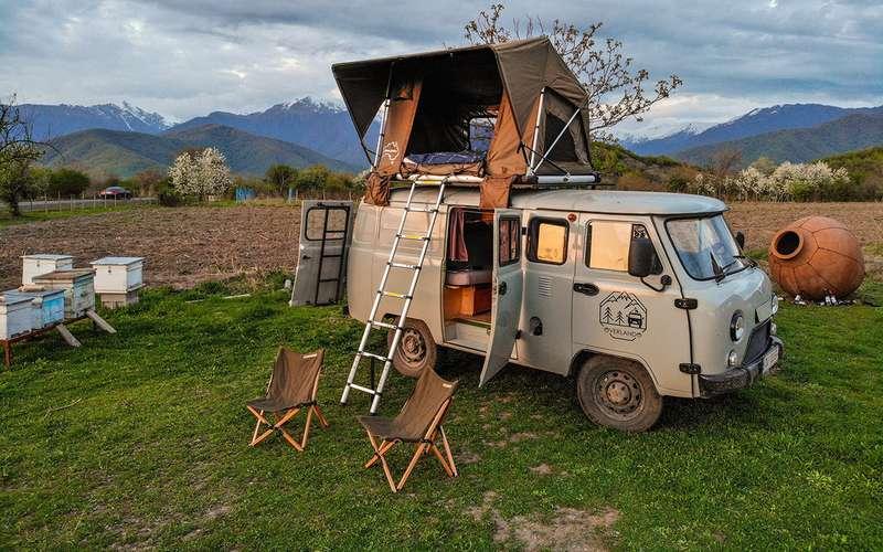Кемпер-Buhanka дляэкстремальных путешествий поКавказу