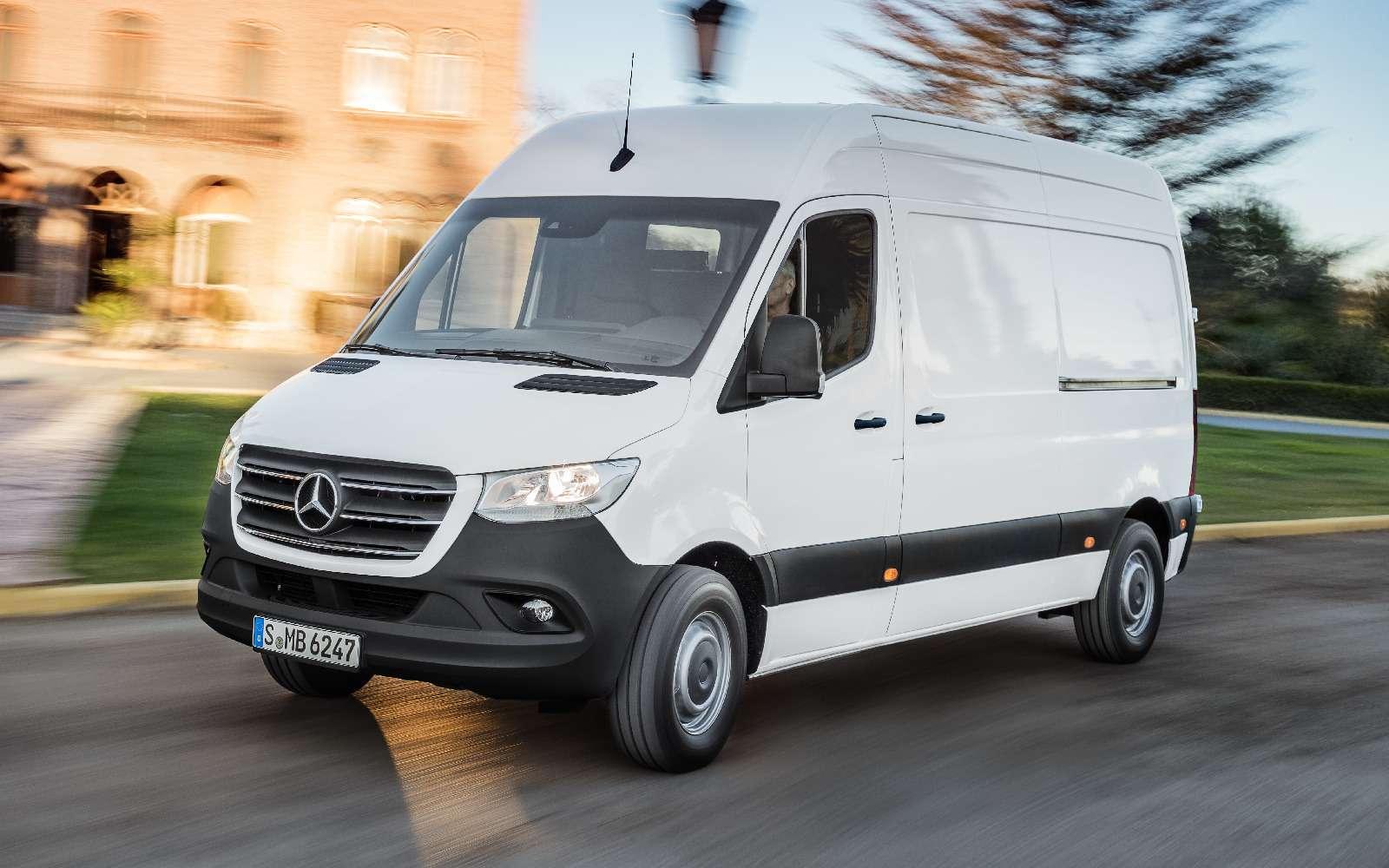 Новый Mercedes-Benz Sprinter: передний привод идо5,5т груза— фото 842775