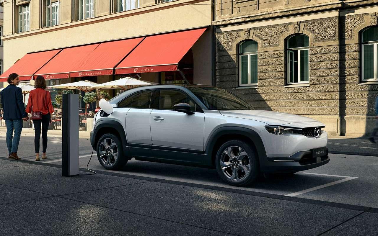Mazda представила новый кроссовер дляЕвропы— фото 1004192