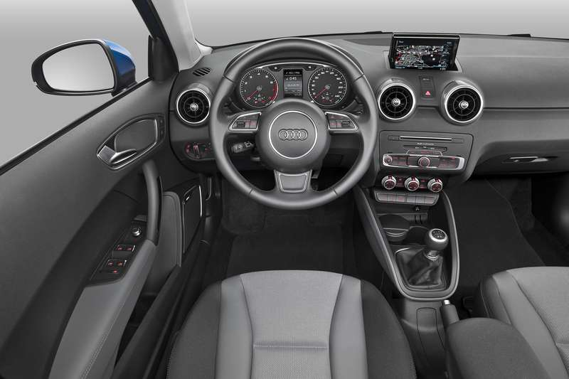 20141114_audi_sd3rdfcdc_a1_facelift_34rfd_153