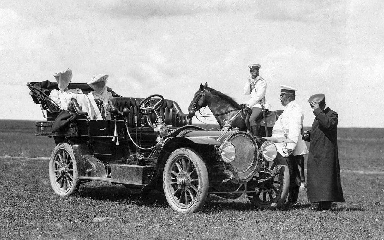 «Машину Его Величеству!»: любимый автомобиль последнего императора— фото 1219625