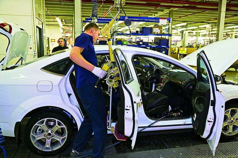 Ford Mondeo, Toyota Avensis, Volkswagen Passat: Под знаком качества— фото 93534