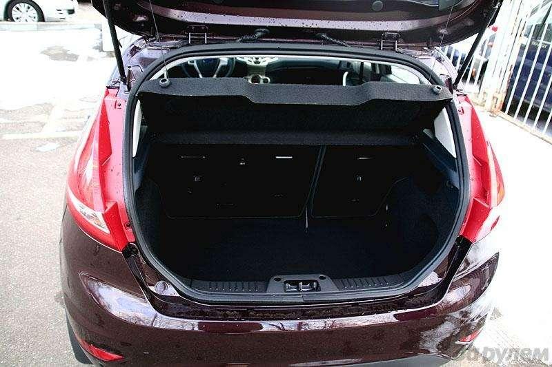 Новый Ford Fiesta: первое знакомство (ВИДЕО)— фото 5779