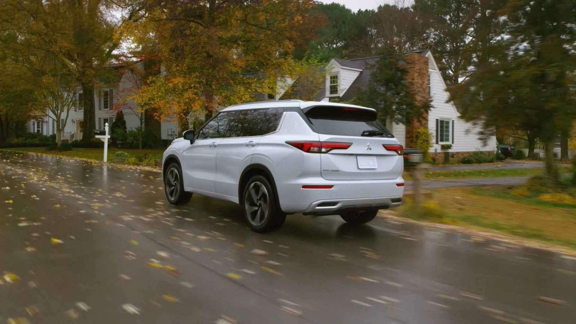 Новый Mitsubishi Outlander: с«нотками» X-Trail— фото 1224361