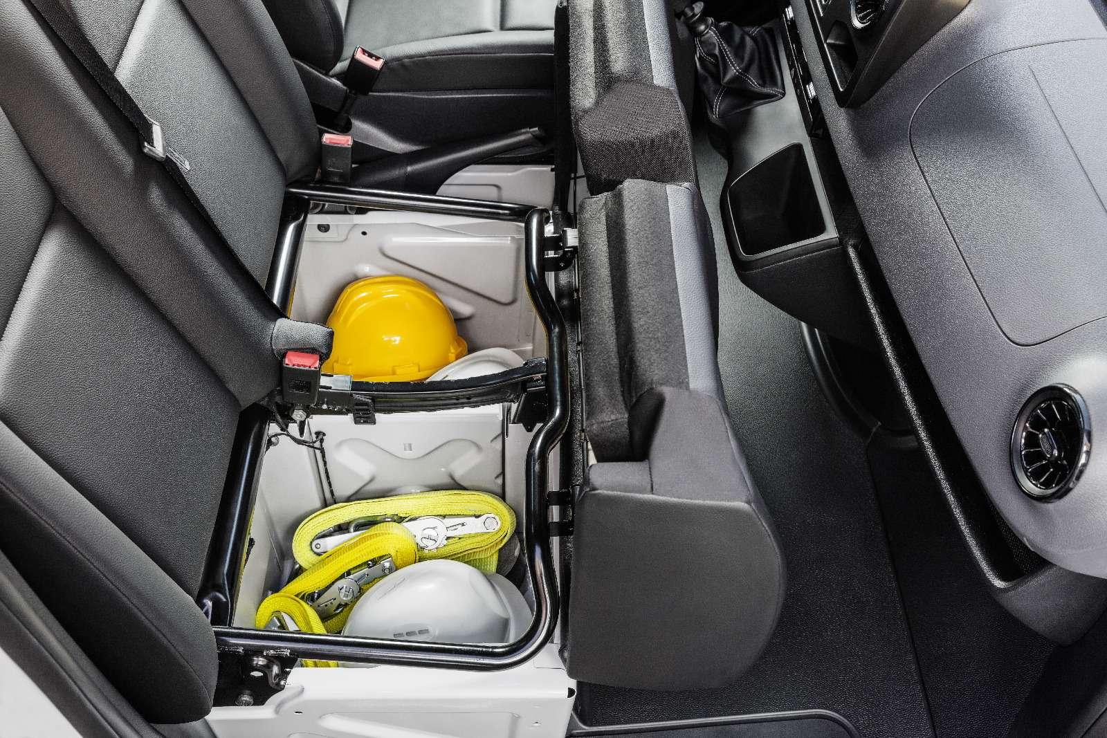 Новый Mercedes-Benz Sprinter: передний привод идо5,5т груза— фото 842798