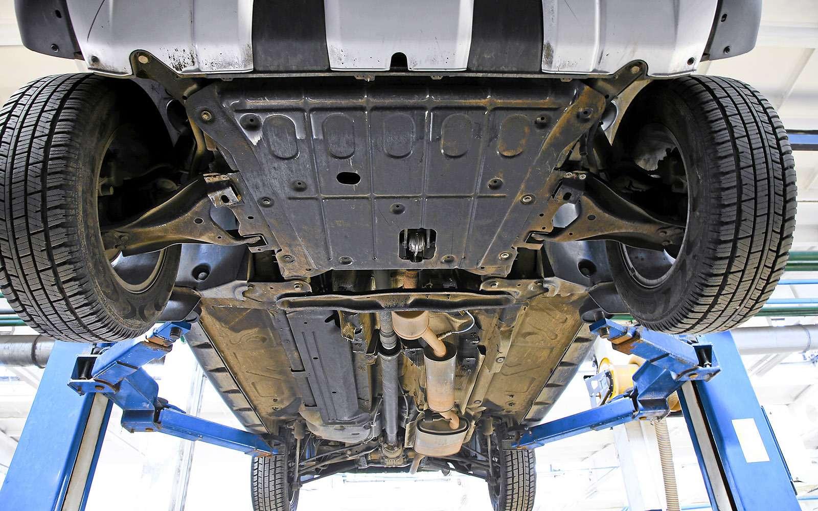 Renault Kaptur, Renault Duster, Suzuki Vitara: мода от-каптюр— фото 619989