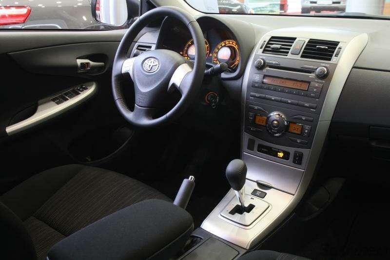 Toyota Corolla: Аленький цветочек— фото 92275