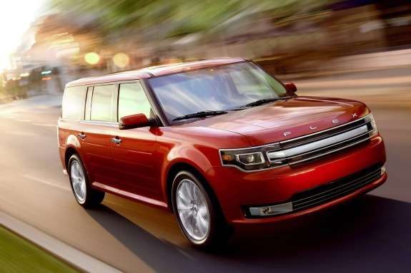 Ford Flex side-front view