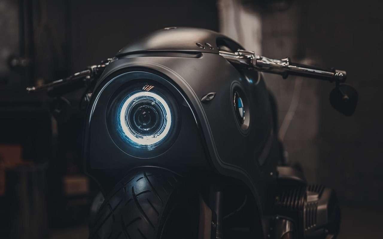 Это вообще реально? Российский мастер создал мотоцикл позаказу BMW Motorrad— фото 1138767