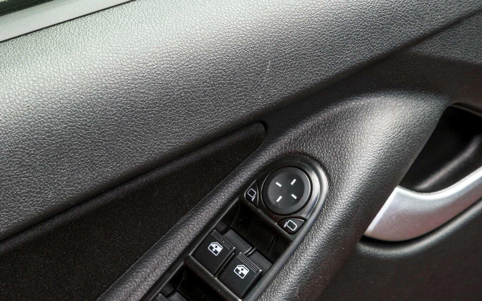 Datsun mi-DO: сравниваем двухлетний хэтчбек сновым— фото 776818