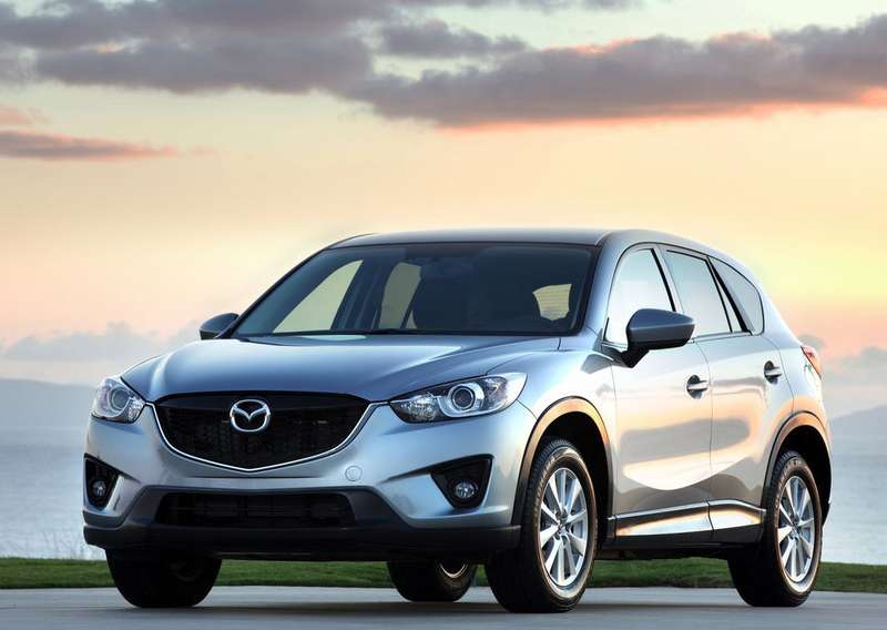 Mazda-CX-5_2013_1024x768_wallpaper_02