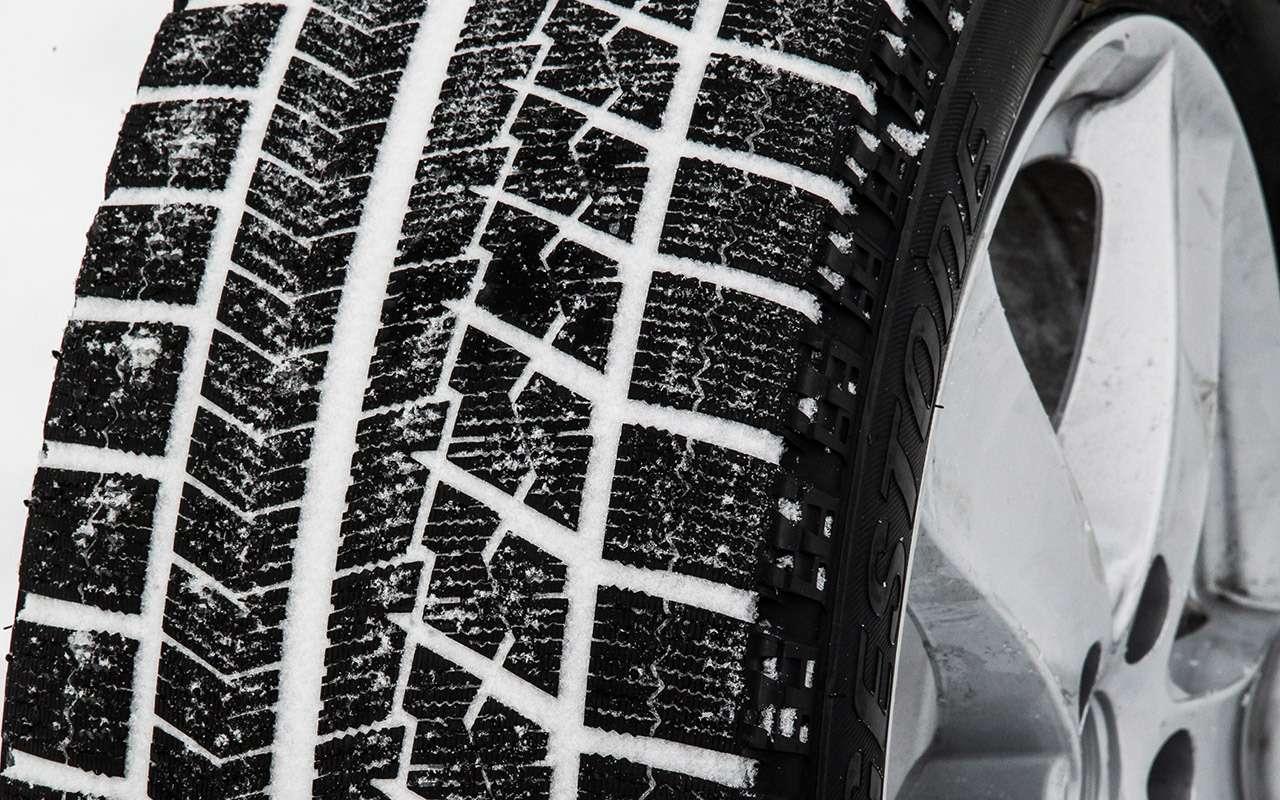 Выбираем нешипованные шины длямашин гольф-класса. Китайцы приятно удивили— фото 917677