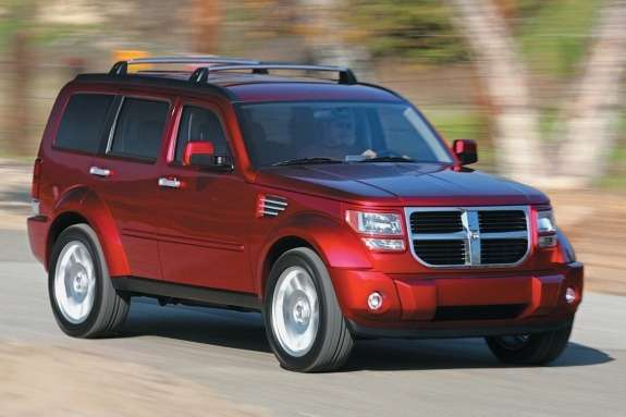 Dodge Nitro side-front view