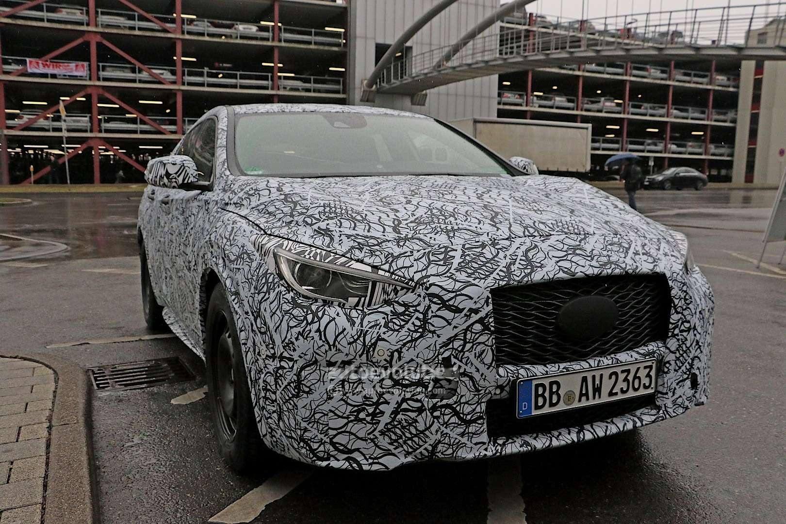 infiniti-q30-confirmed-to-debut-at-the-frankfurt-motor-show-photo-gallery_1