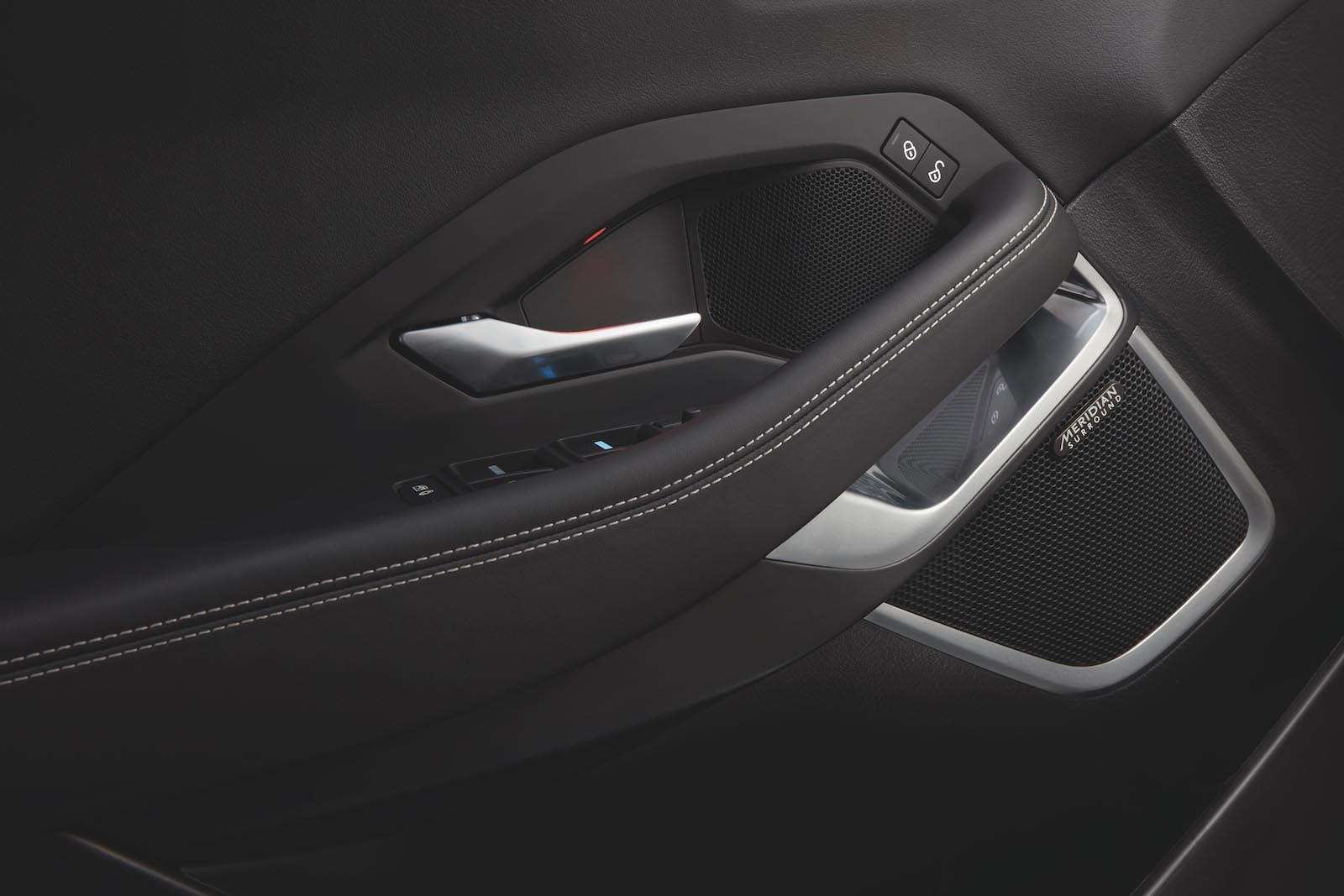 Новый Jaguar E‑Pace— следом застаршим братом— фото 790544