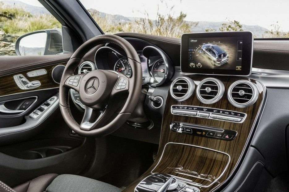 Mercedes-Benz раскрыл цены накроссовер GLC— фото 382809