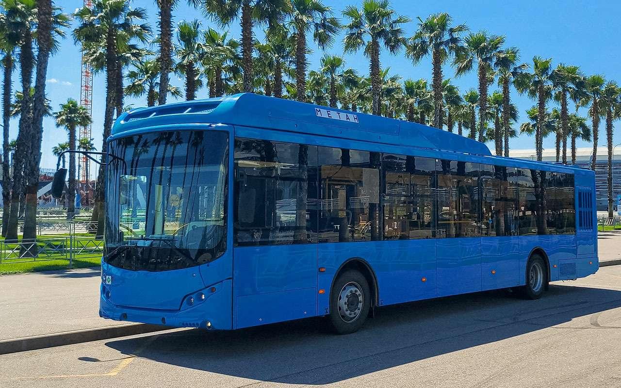 Новый российский автобус  начались испытания жарой