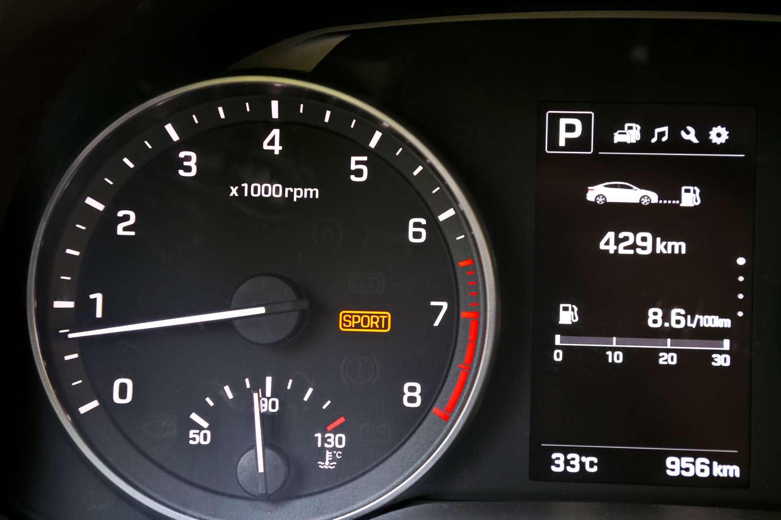 Новая Hyundai Elantra: тигрокот— фото 613264