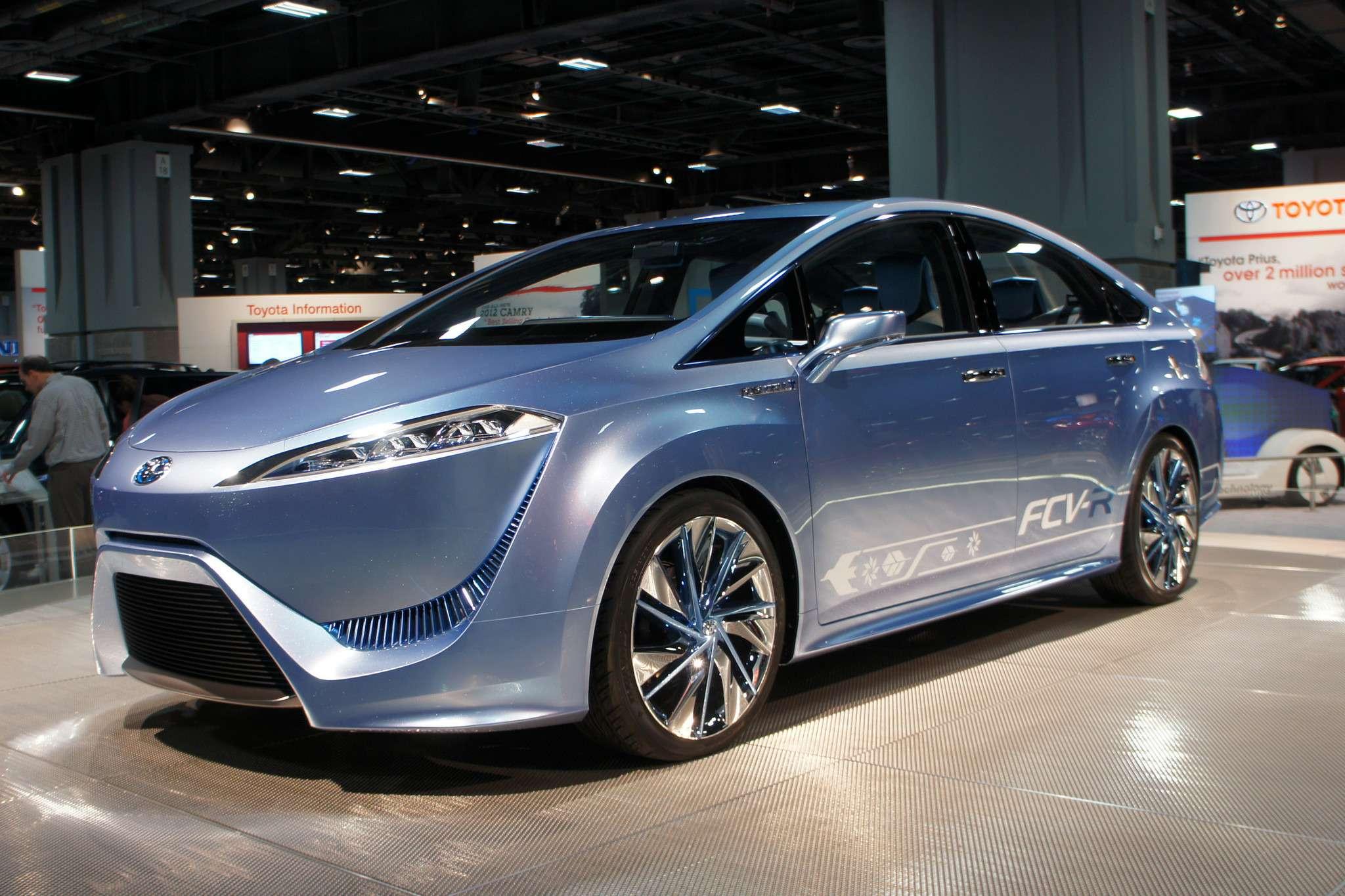 Toyota FCV Rconcept