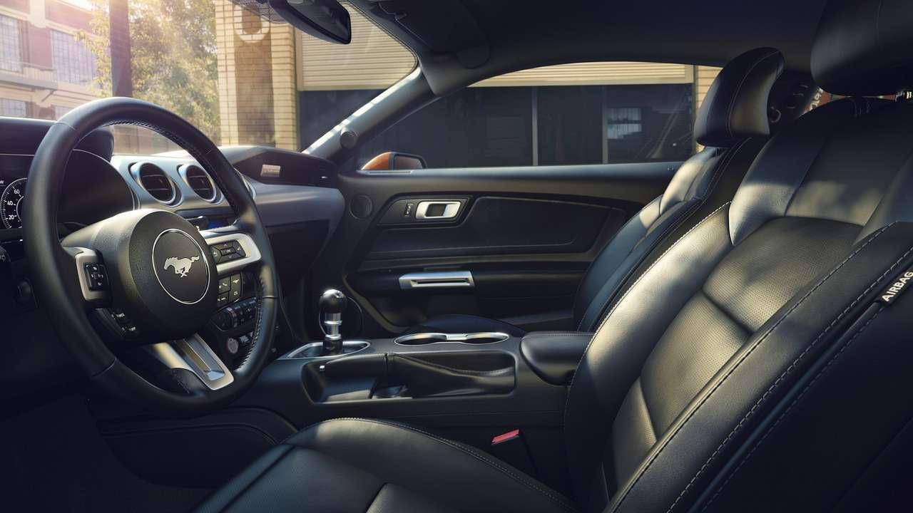 Рестайлинговый Ford Mustang научился считать додесяти— фото 694430