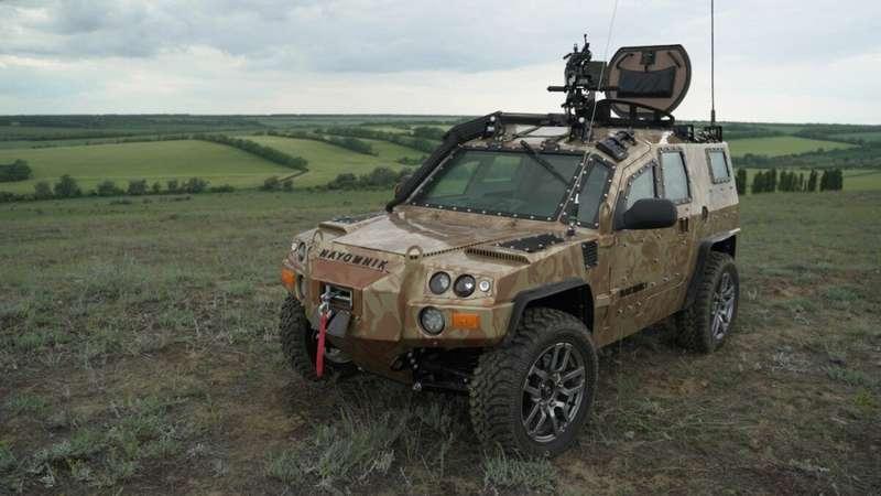 Новый российский внедорожник назвали Nayomnik
