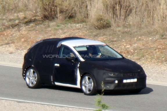New SEAT Leon test prototype side-front view