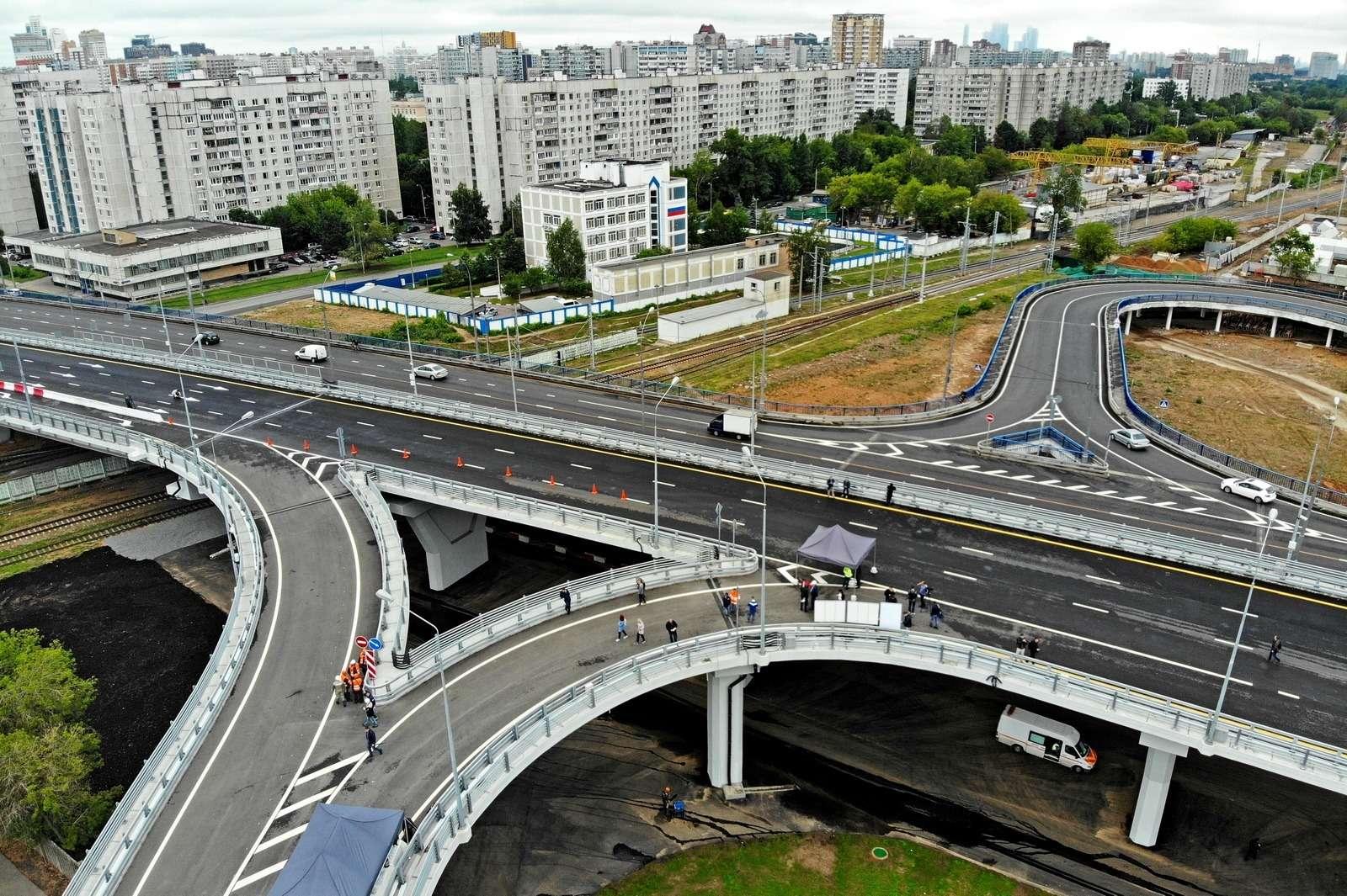 В Москве открылось движение подвум эстакадам Северо-Западной хорды— фото 885475