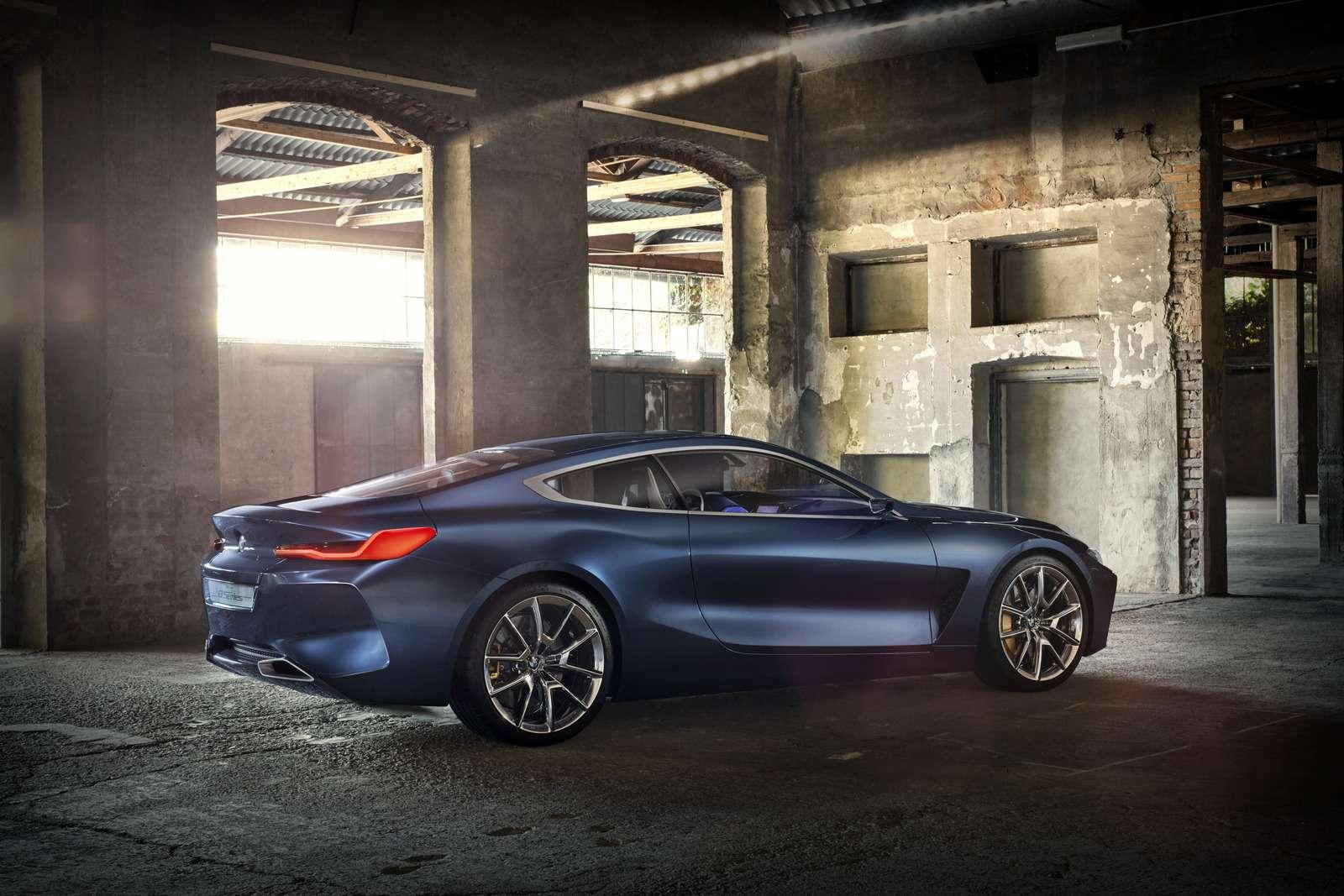Великолепная «восьмерка»: новое купе BMW— теперь скристаллами!— фото 756642