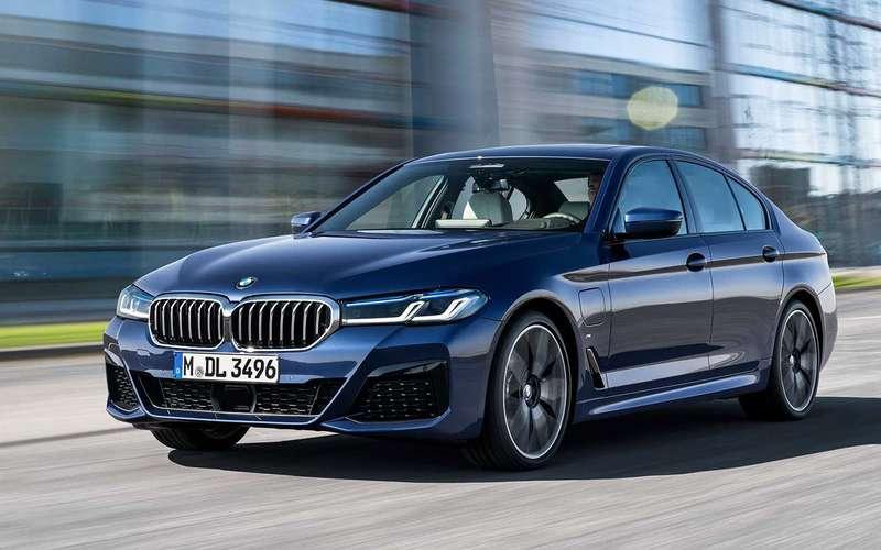 Обновленный BMW 5-й серии: известна стартовая цена