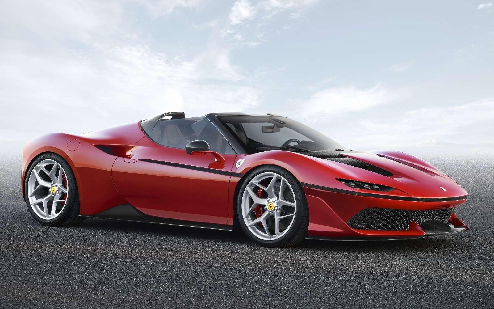 Япония вдохновляет: Ferrari представила юбилейную таргу J50— фото 677906