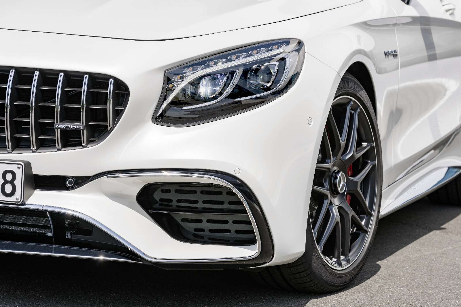 Mercedes-Benz обновил свои самые крутые модели— фото 791064