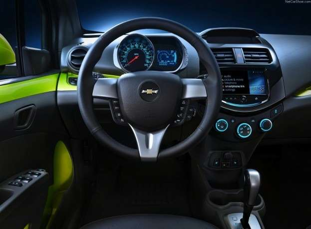 Chevrolet-Spark_2013_1280x960_wallpaper_12-623x459