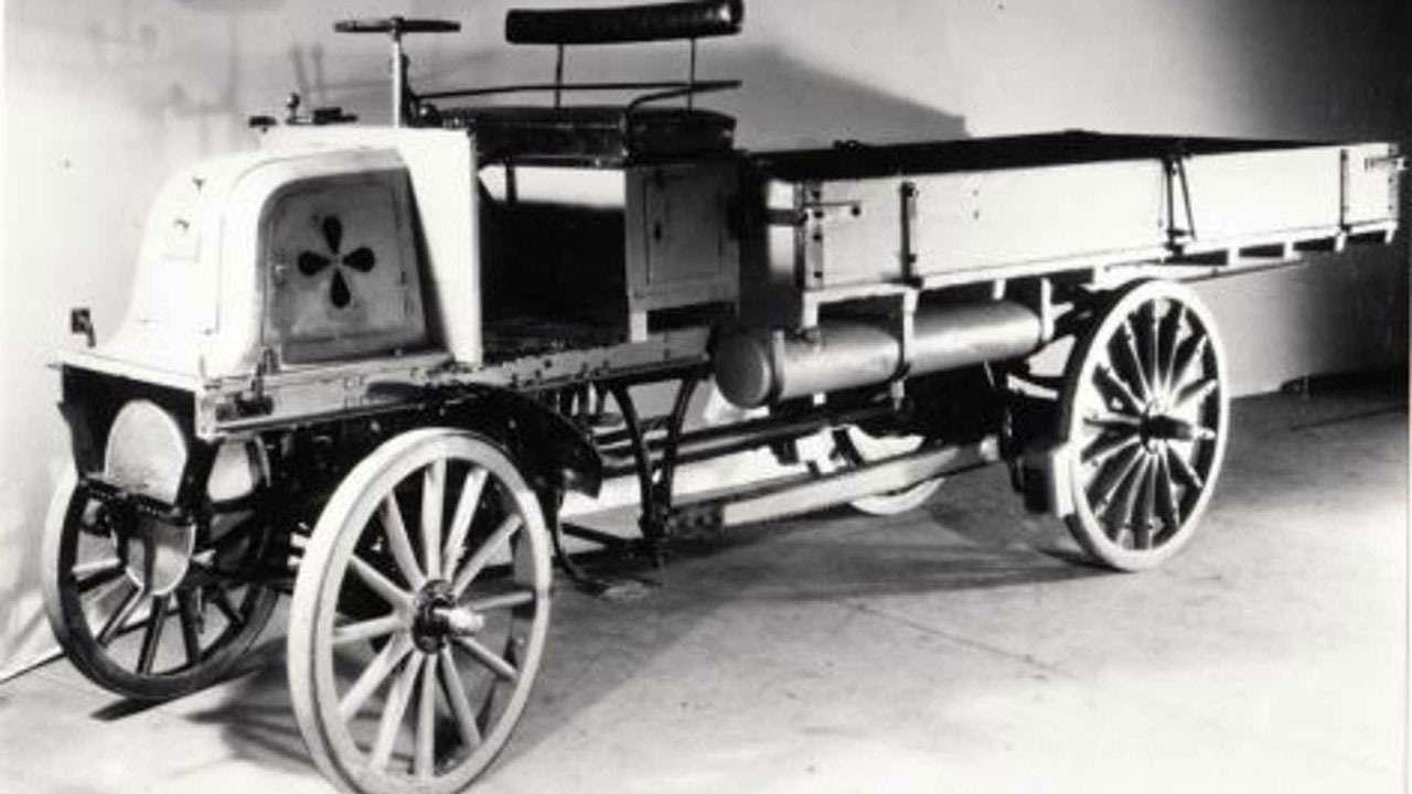 Кто построил самый первый вмире грузовик— фото 1239013