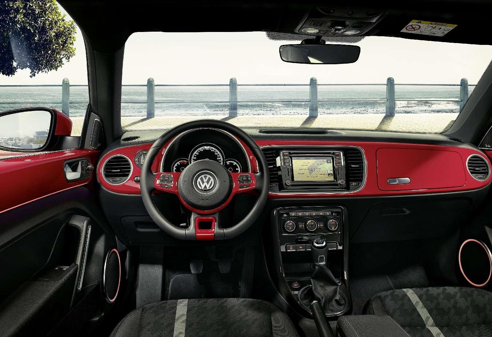 Volkswagen Beetle принарядили впоследнюю гастроль— фото 593059