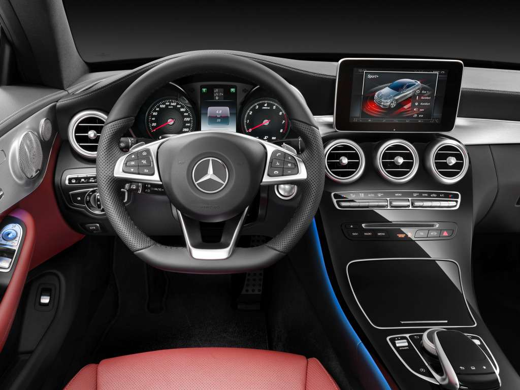 mercedes-benz_c_300_coupe_amg_line_1