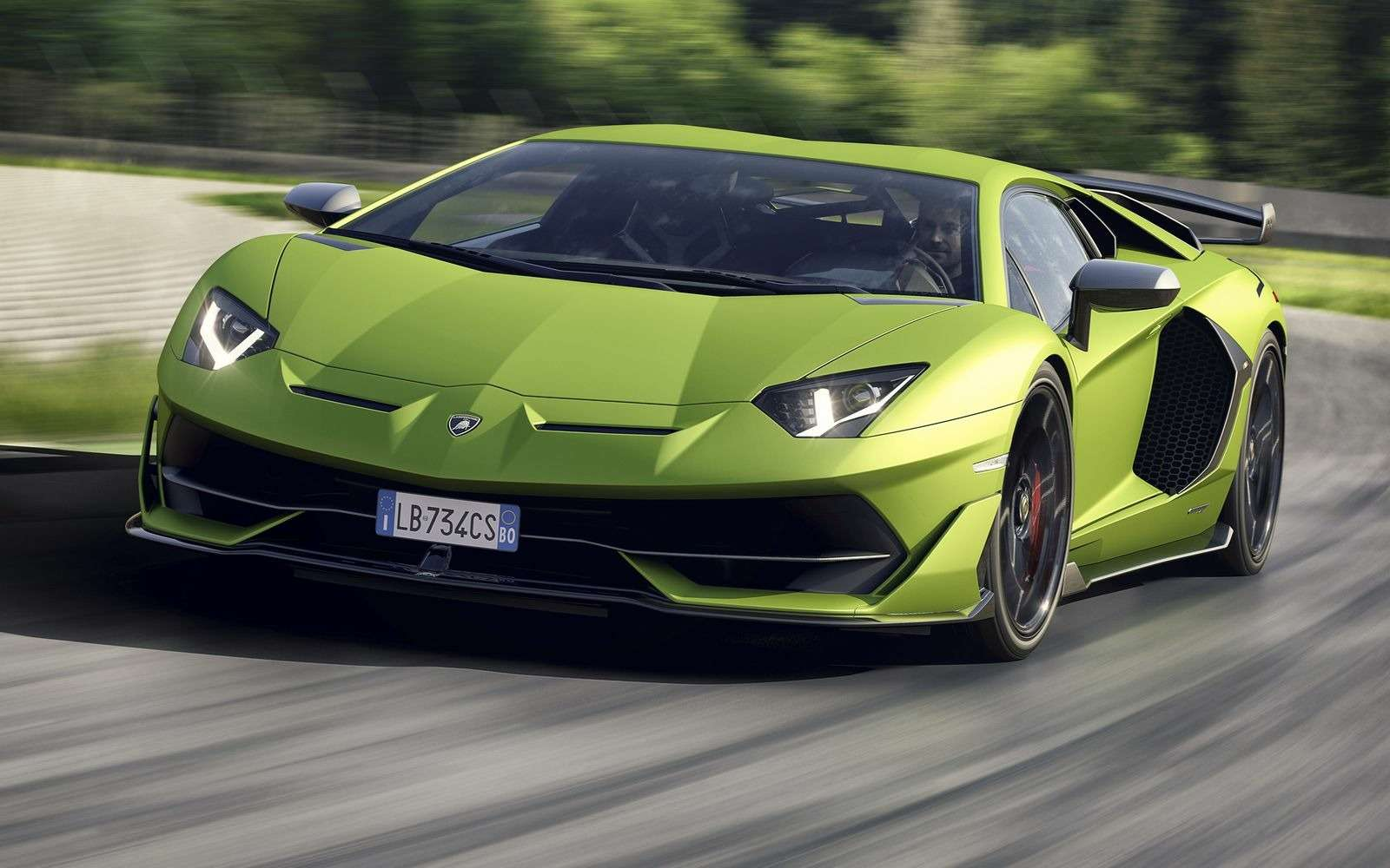 Lamborghini представила самый быстрый суперкар всвоей истории— фото 898565