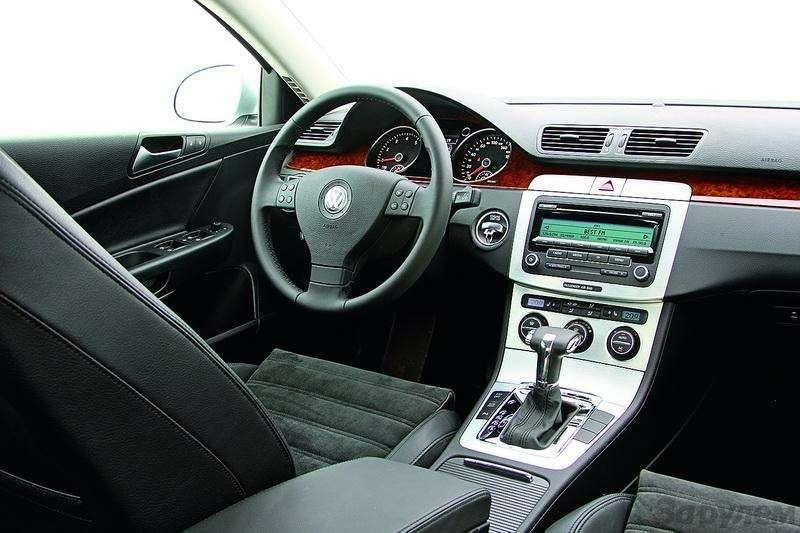Ford Mondeo, Toyota Avensis, Volkswagen Passat: Под знаком качества— фото 93531
